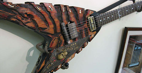lynch_custom_headhunter_guitar