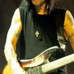 Mick Mars Uses Vintage Gear: Who Knew?