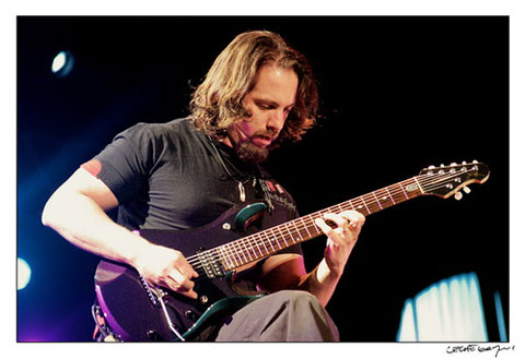 Petrucci_John_shred_purple