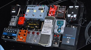 Robbie's pedalboard – click to see it bigger (JA photo).